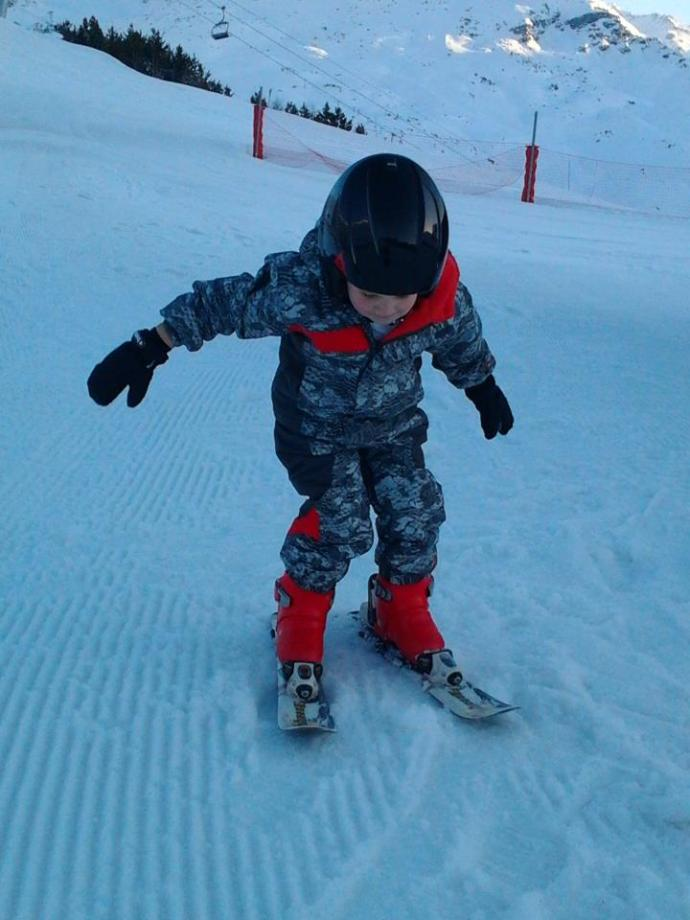 Cathal skiing