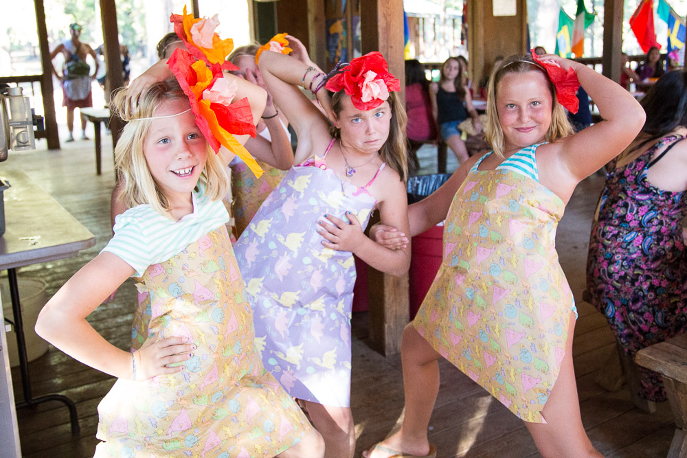 dinner party dress up themes
